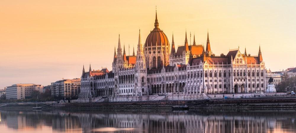 Ikke glem å dra på elvecruise på Donau før jul