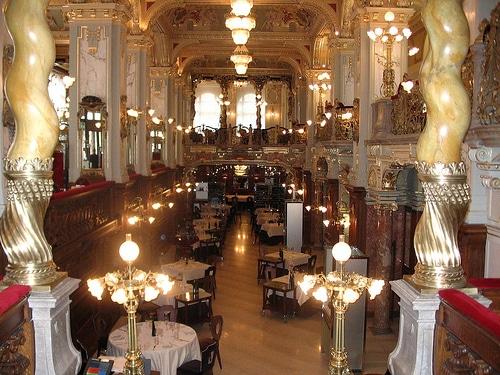 New York Budapest