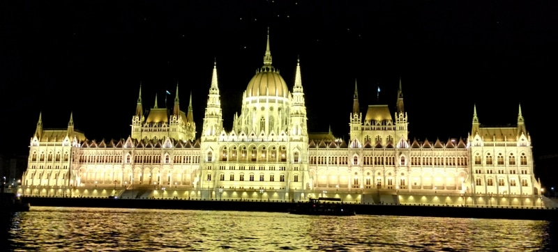 Det ungarske parlamentet - vakrest i verden?