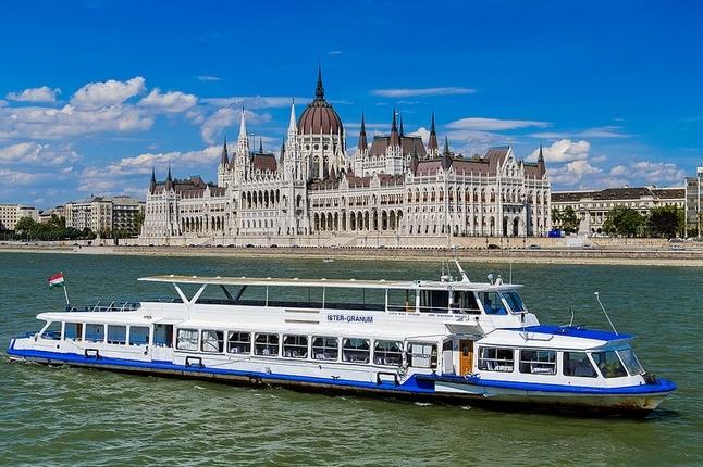 Elvecruise i Budapest