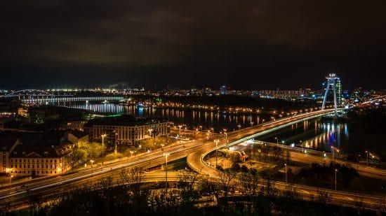 Bli med til Bratislava og Wien på en og samme dag!