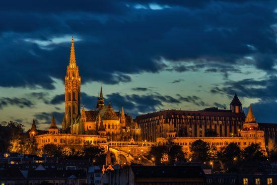 Besøk Fiskerbastionen på en guidet tur i Budapest!